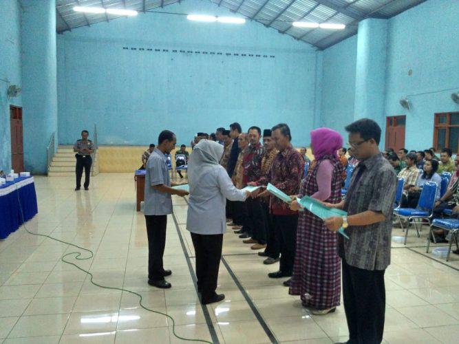 Pelantikan KPPS di wilayah kelurahan Kanigoro kecamatan Kartoharjo Kota Madiun